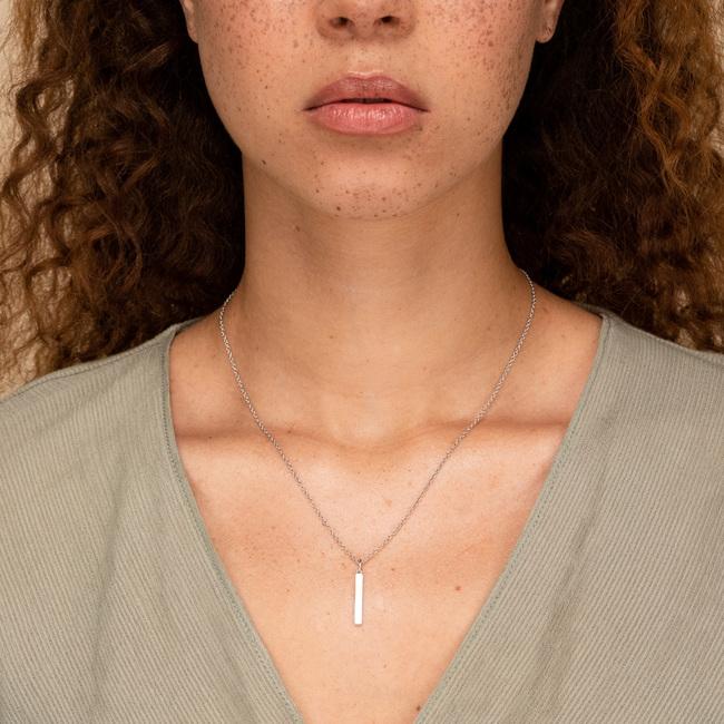 Engravable Bar Necklace Silver